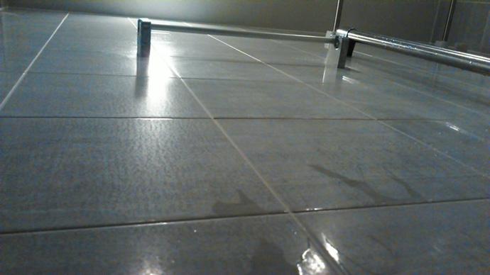 aging-bathroom-tile0.jpg