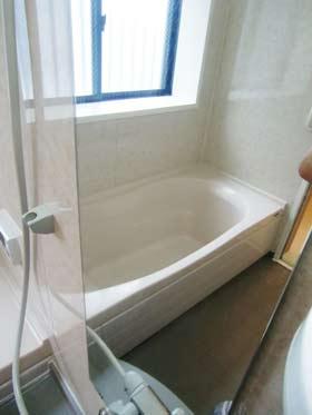bath-kagami-kizu1jpg.jpg
