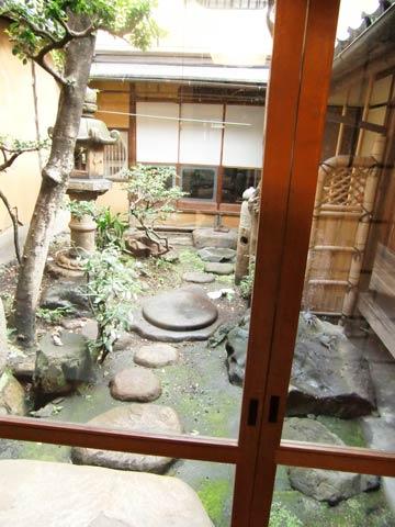 kyonomachiya-nakaniwa.jpg