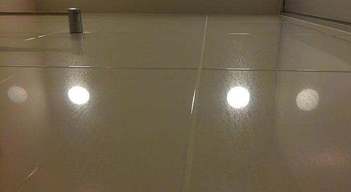 HarumiTowerBathroom-mizuaka0.jpg