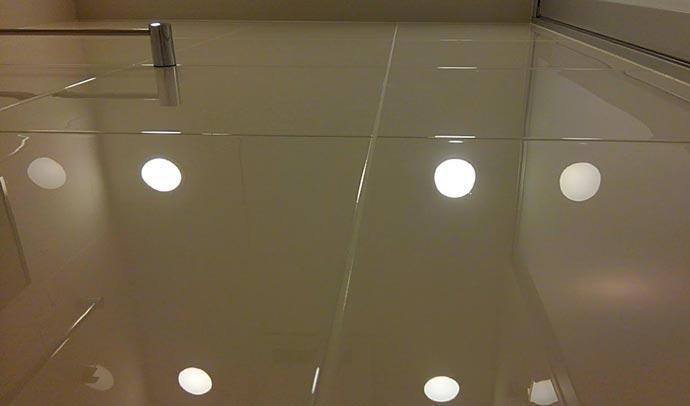 HarumiTowerBathroom-mizuaka1.jpg
