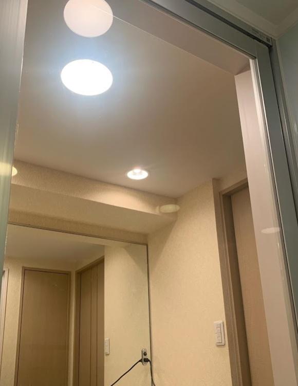 bathroom-glass-door-urokoyogore-mizuakajokyo1.jpg