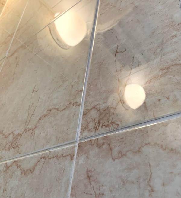 bathroom_tile-kabe-yogore-cleaning1.jpg