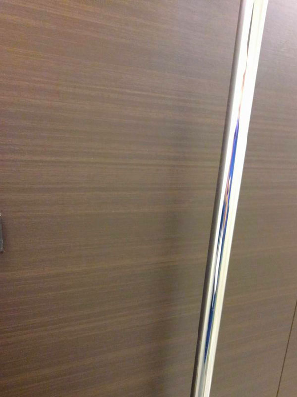 mokume_mizuaka-bathroomkabe1.jpg