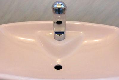 toilet-tank-mizuaka1.jpg